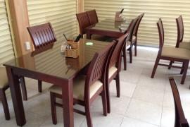 Thu mua bàn ghế nhà hàng cũ giá cao