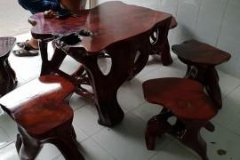 Top 3 địa chỉ mua bàn ghế cũ tại Tp.HCM uy tín nhất