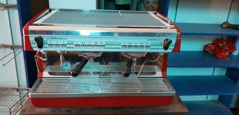 máy pha cà phê Ý