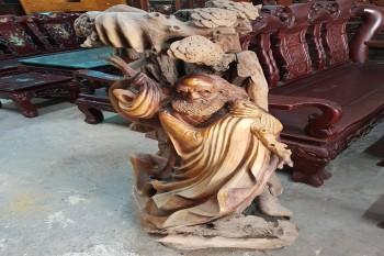 Pho tượng gỗ Đạt Ma Sư Tổ