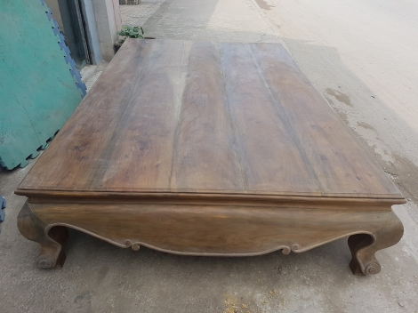 Sập gỗ cũ xưa