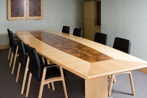 Bàn phòng họp giá rẻ