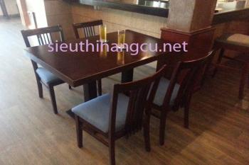 bàn gỗ chân sắt, 4 ghế