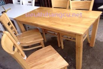 Bàn ghế gỗ cũ