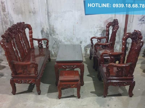 Địa chỉ mua bàn ghế gỗ cũ tại tphcm